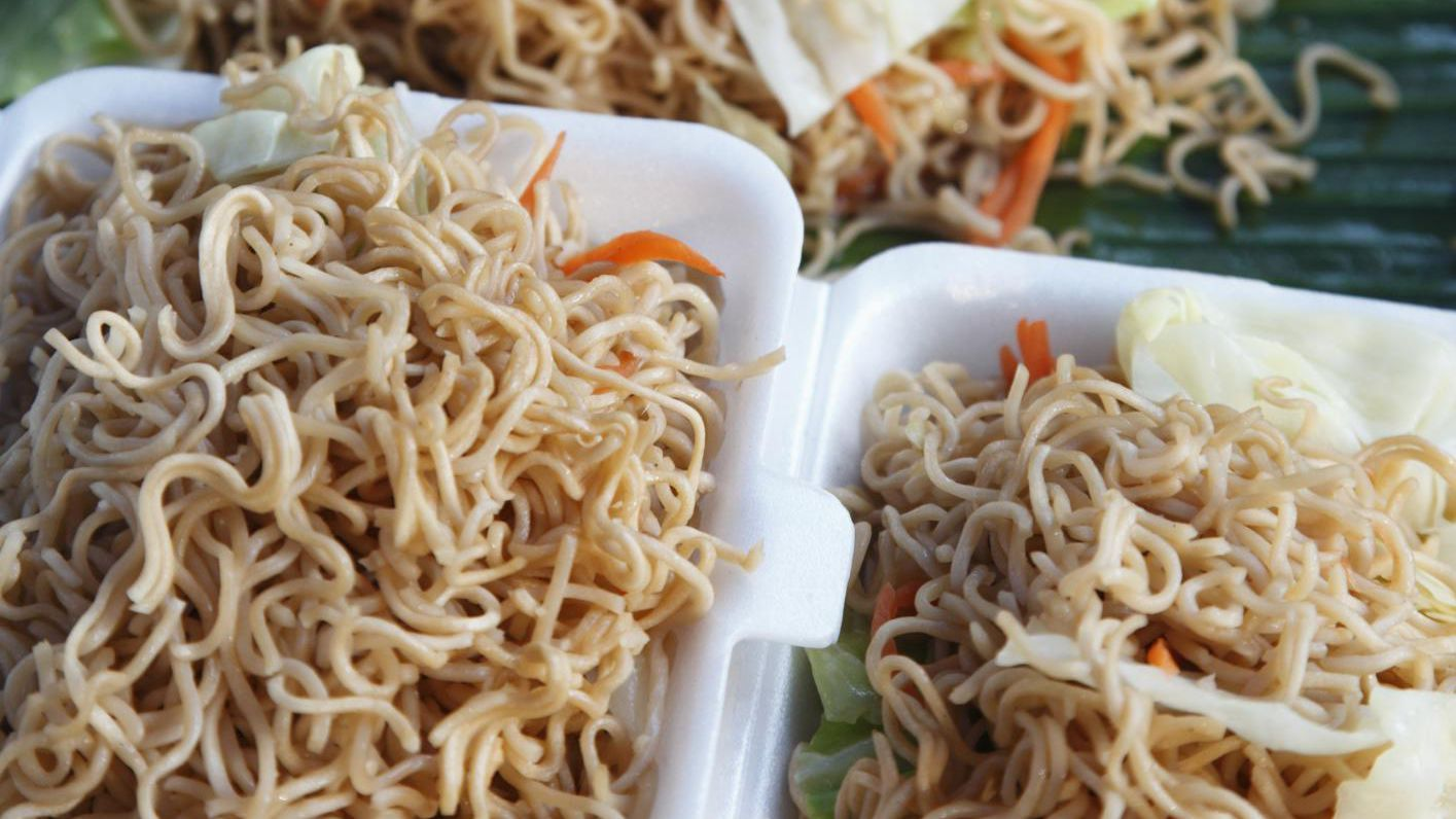 How To Cook Stir Fried Chow Mein Noodles