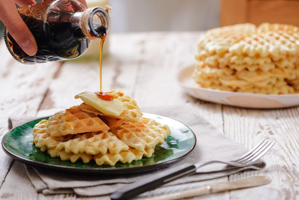 Waffles belgas caseros rápidos y fáciles