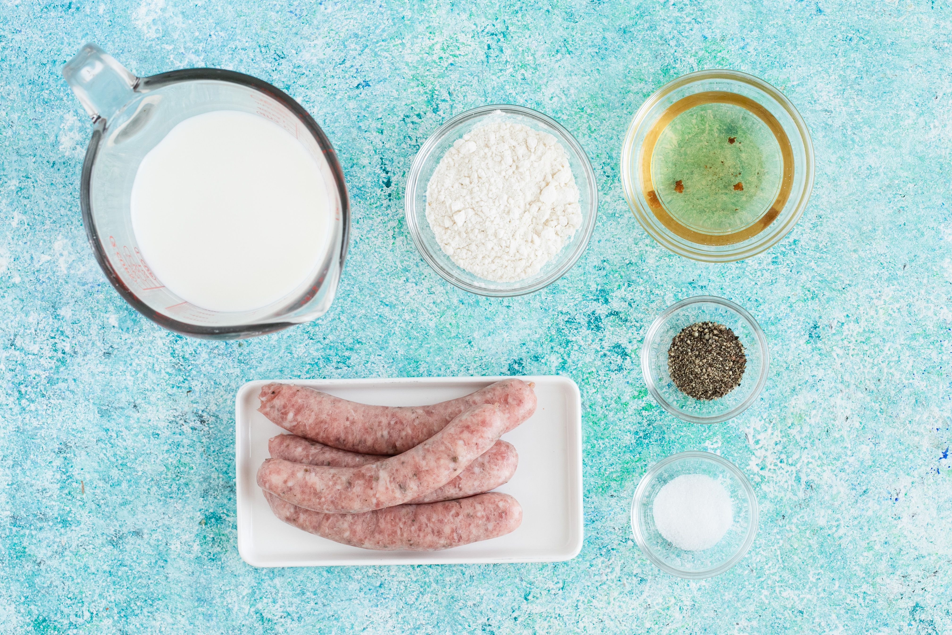 Ingredients for sawmill gravy