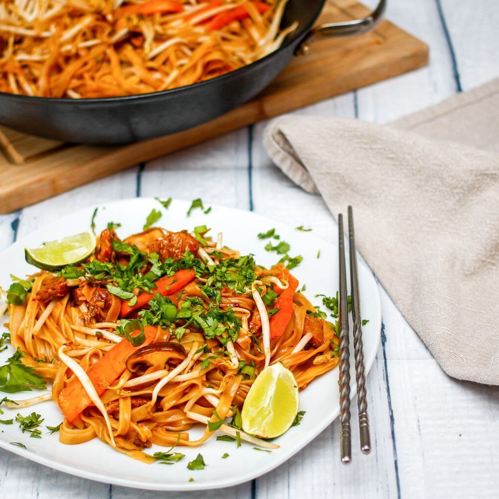 Easy Gluten Free Vegan Thai Fried Rice Noodles Recipe