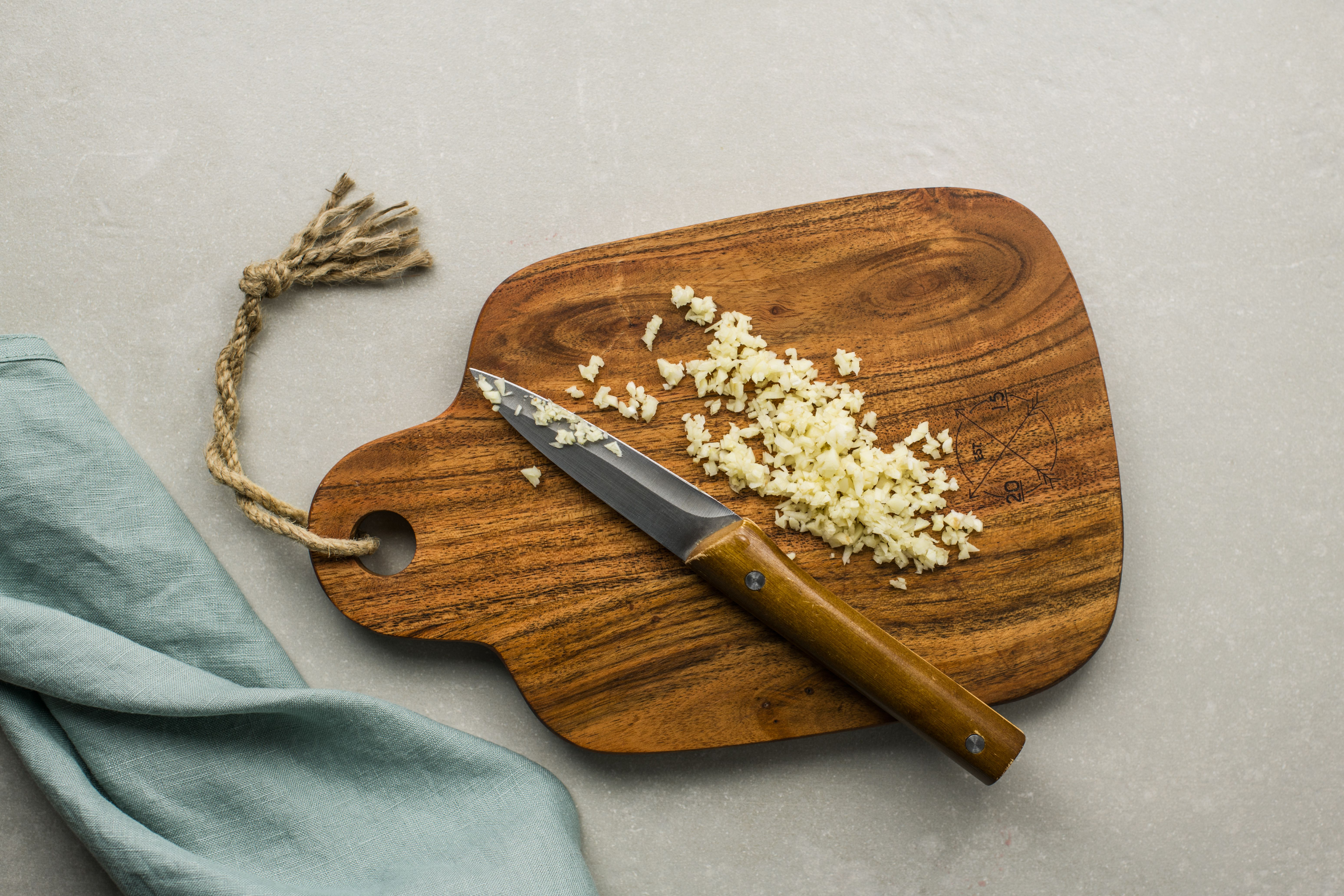Remove garlic