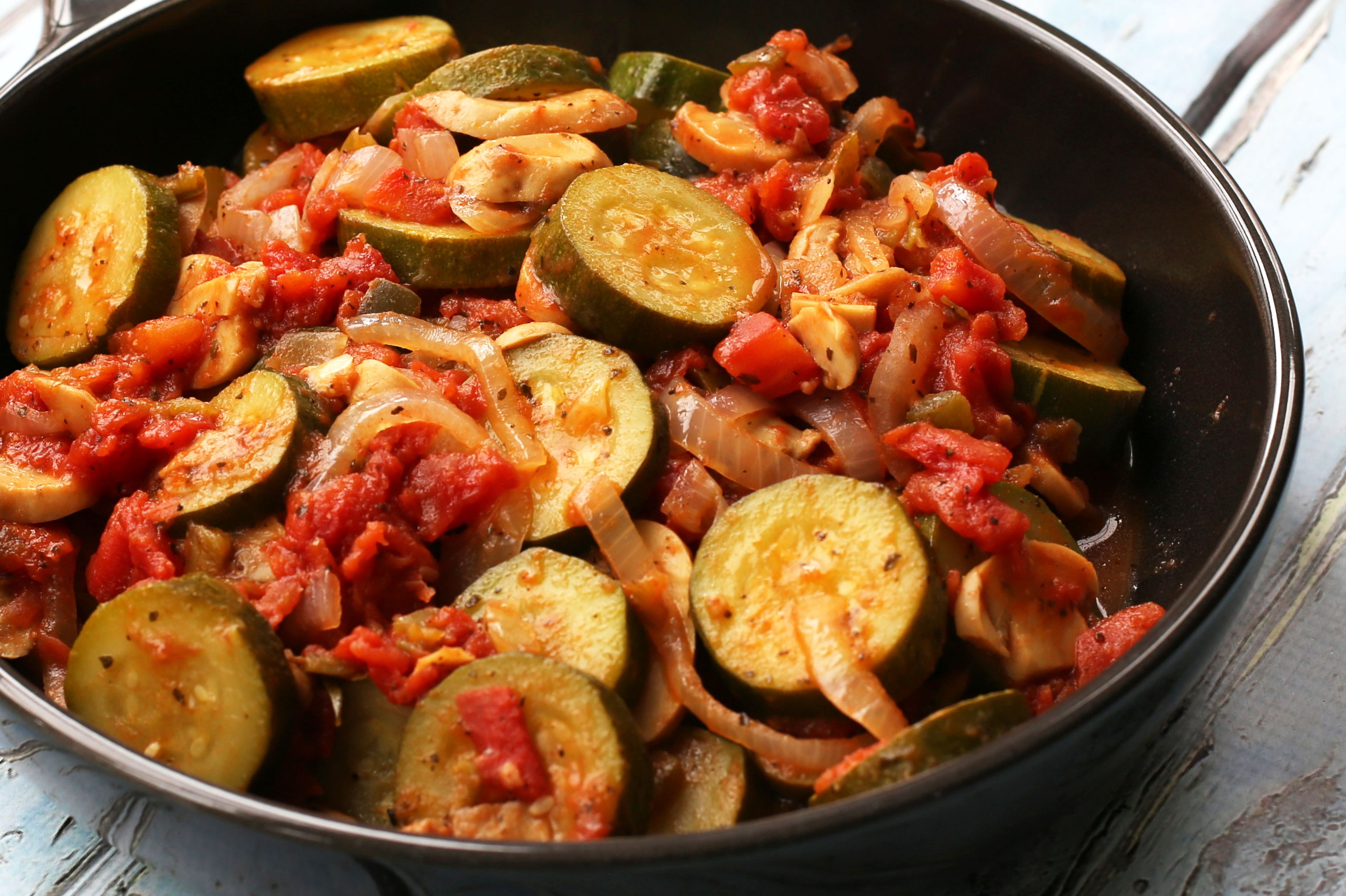 Slow Cooker Zucchini and Tomatoes Recipe