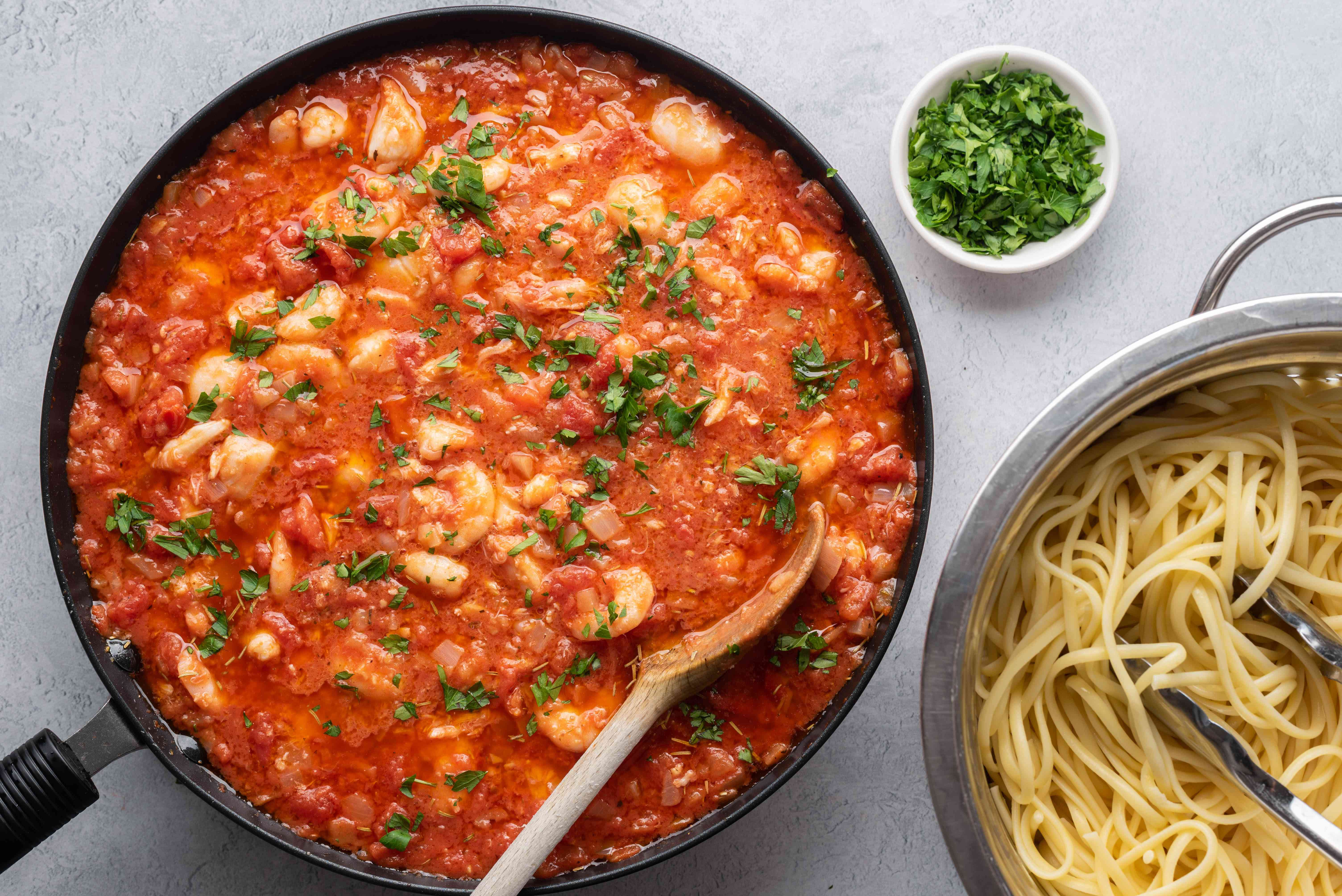 Lanie's Easy Seafood Linguine in a pan
