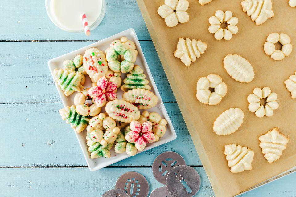 15 Easy Christmas Cookies to Make With Kids