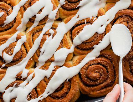 Ingredients for vanilla icing recipe