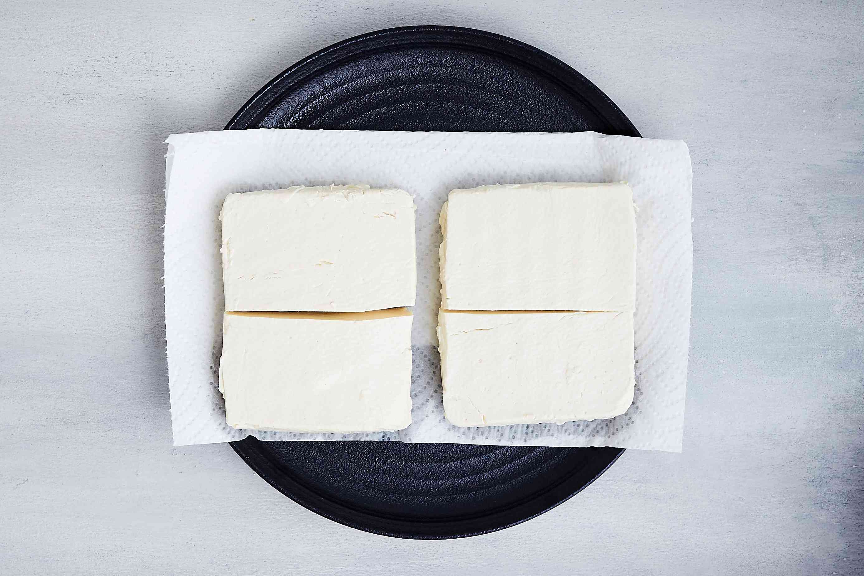 tofu on top of paper towels