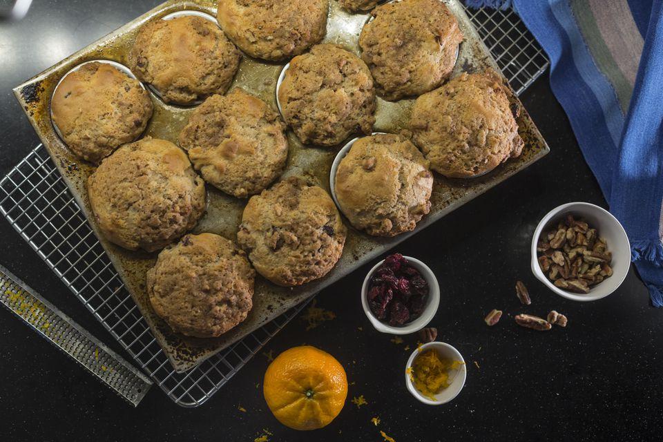 Receta de muffins de naranja y arándano baja en grasa