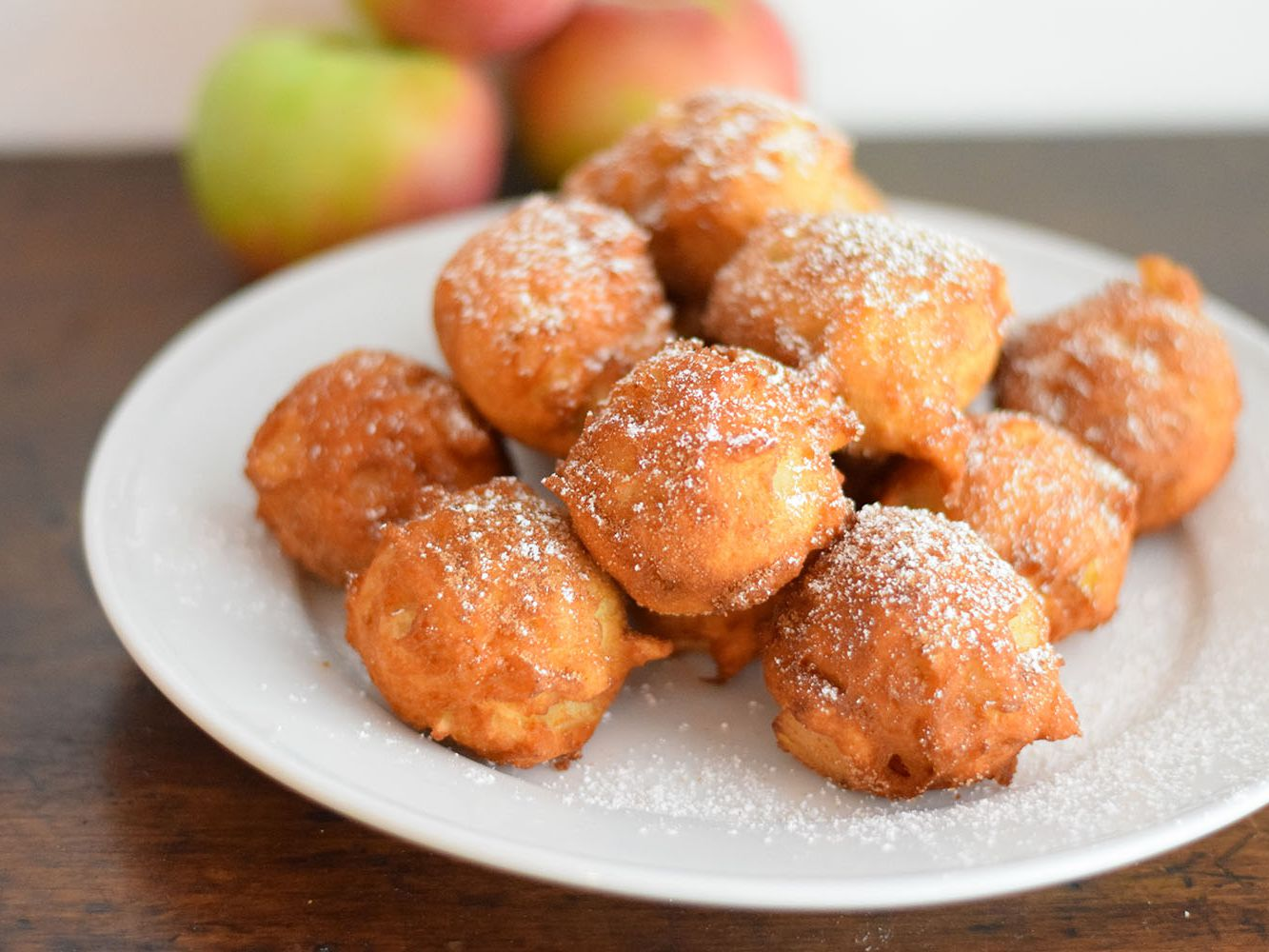 Hot And Crispy Apple Fritters Recipe