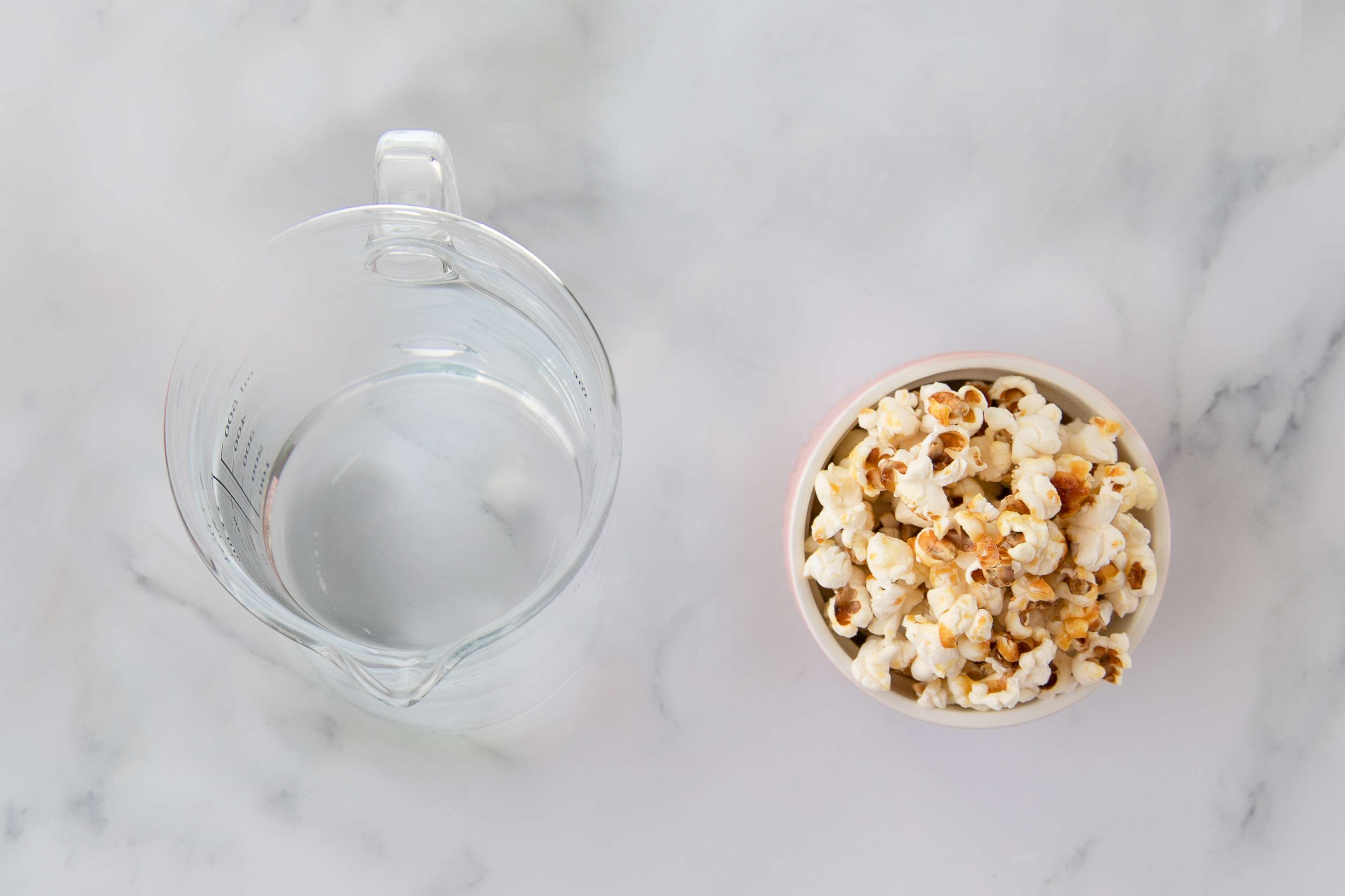 Ingredients for kettle corn gin