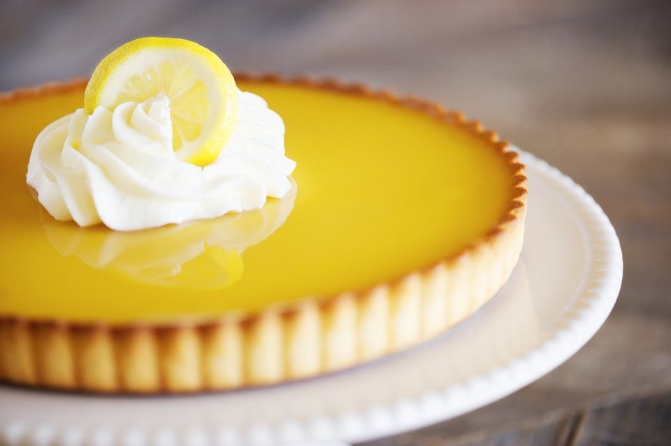 Pastel de helado fácil de limón