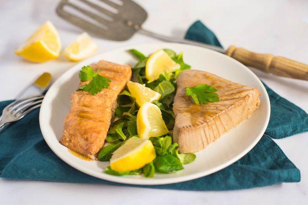 Grilled salmon or tuna steak recipe