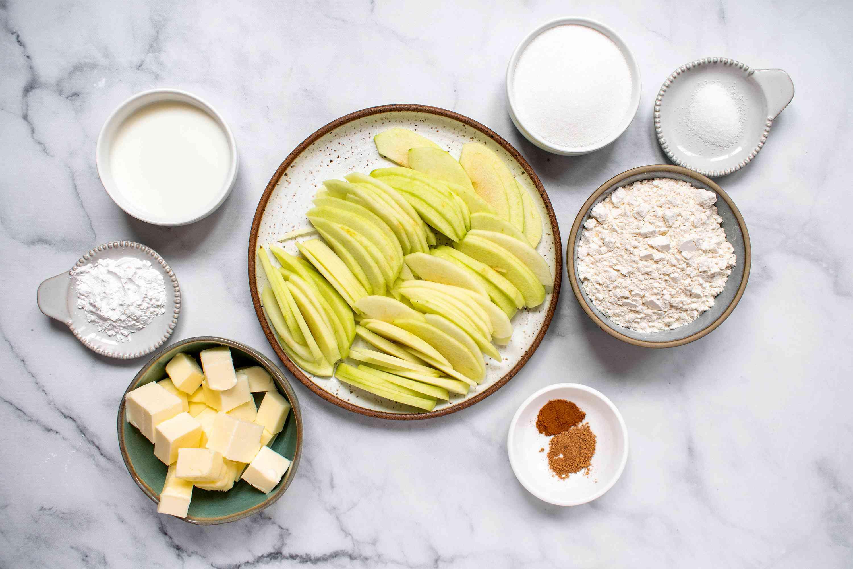 Apple Dumplings With Cinnamon Syrup ingredients