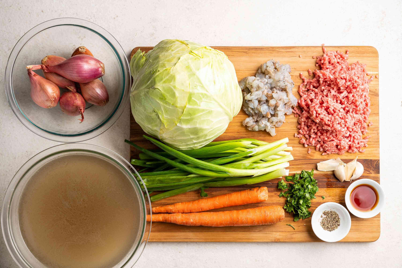 Canh Bap Cai Nhoi Thit (Vietnamese Cabbage Rolls Soup) ingredients