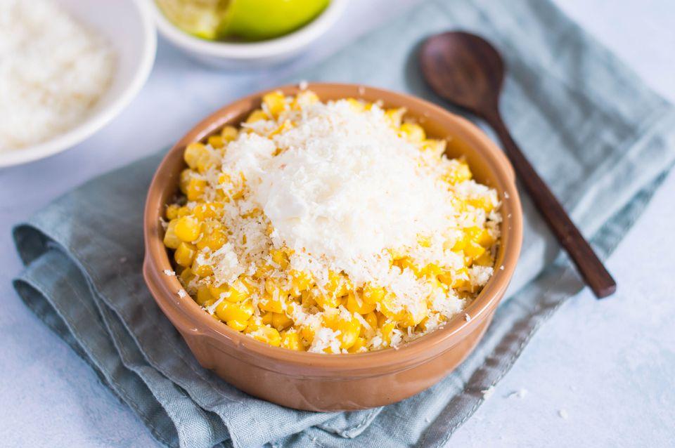 Esquites: maíz mexicano sin mazorca