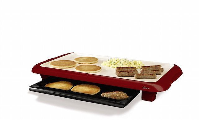 Oster CKSTGRFM18MR-ECO DuraCeramic Griddle with Warming Tray, Candy Apple Red
