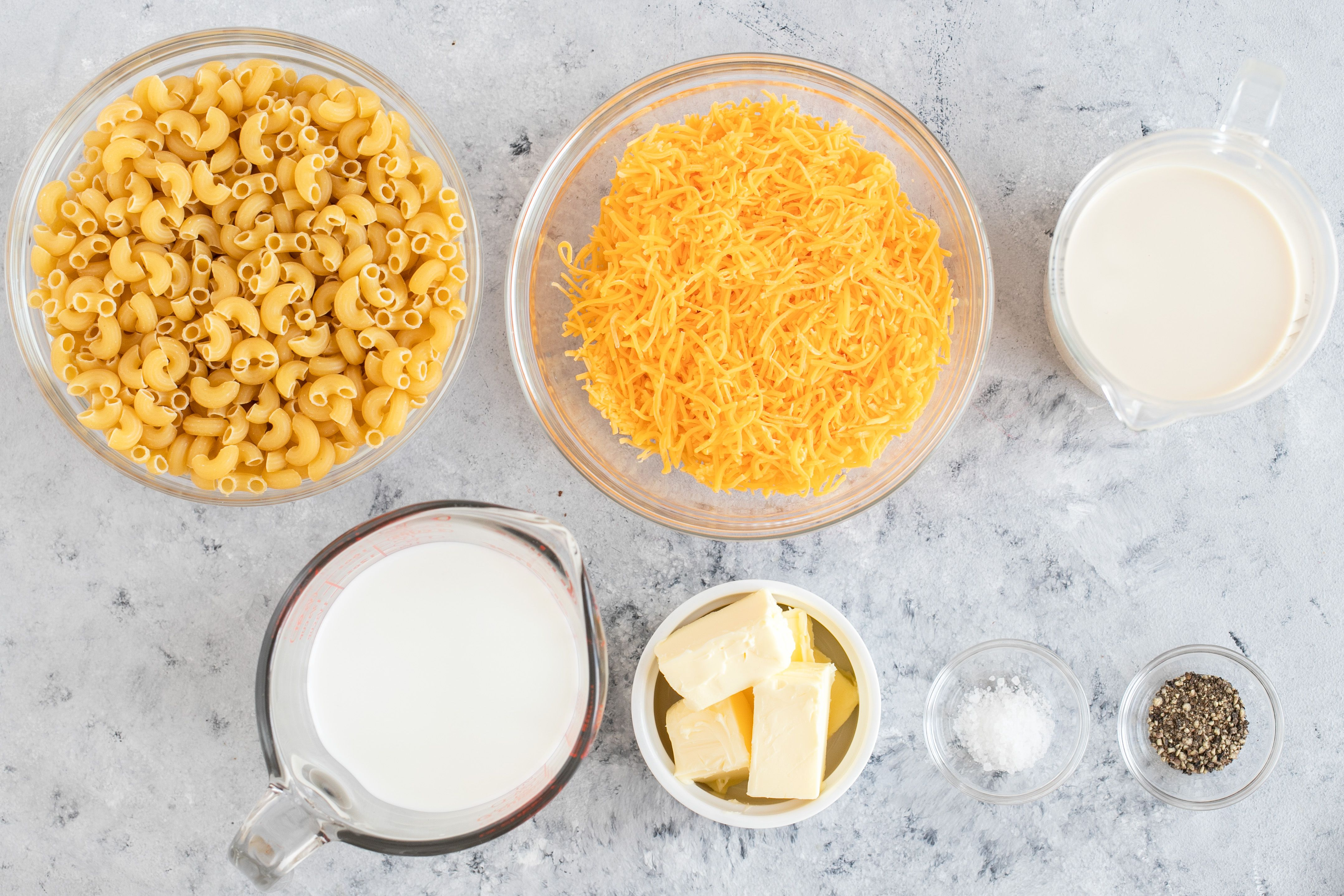 Ingredients for crockpot mac and cheese