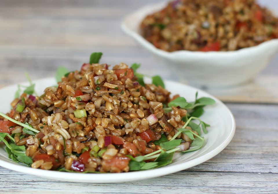 Farro Salad with Tomatoes and Bacon