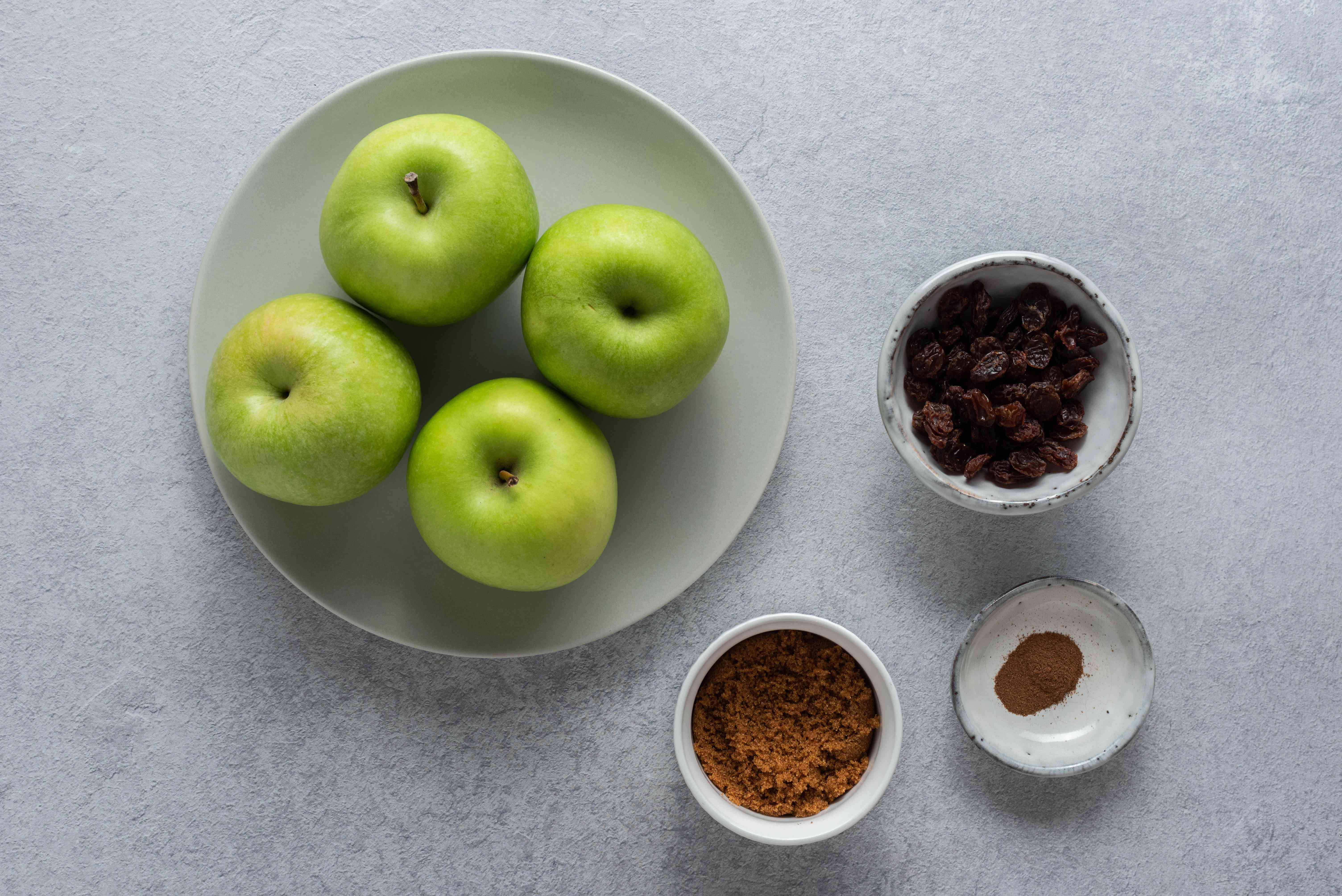 Low-calorie baked apples ingredients