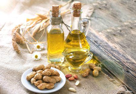 Peanut Oil Properties, Uses, and Varieties