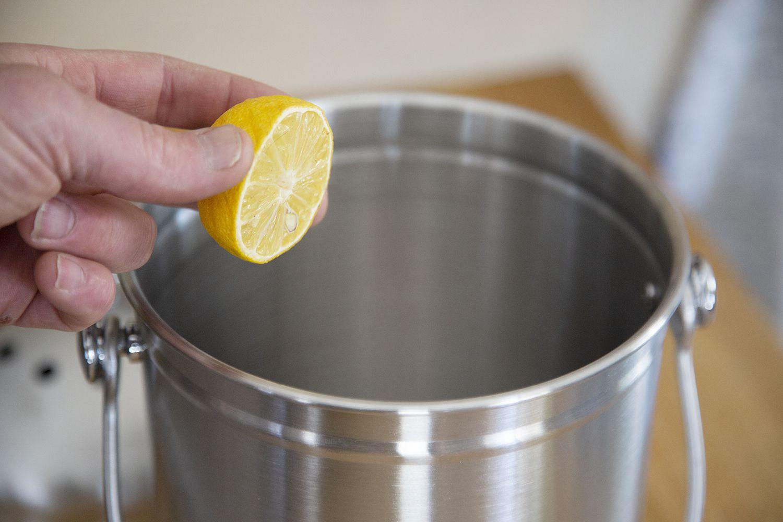 epica-stainless-steel-compost-bin-lemon