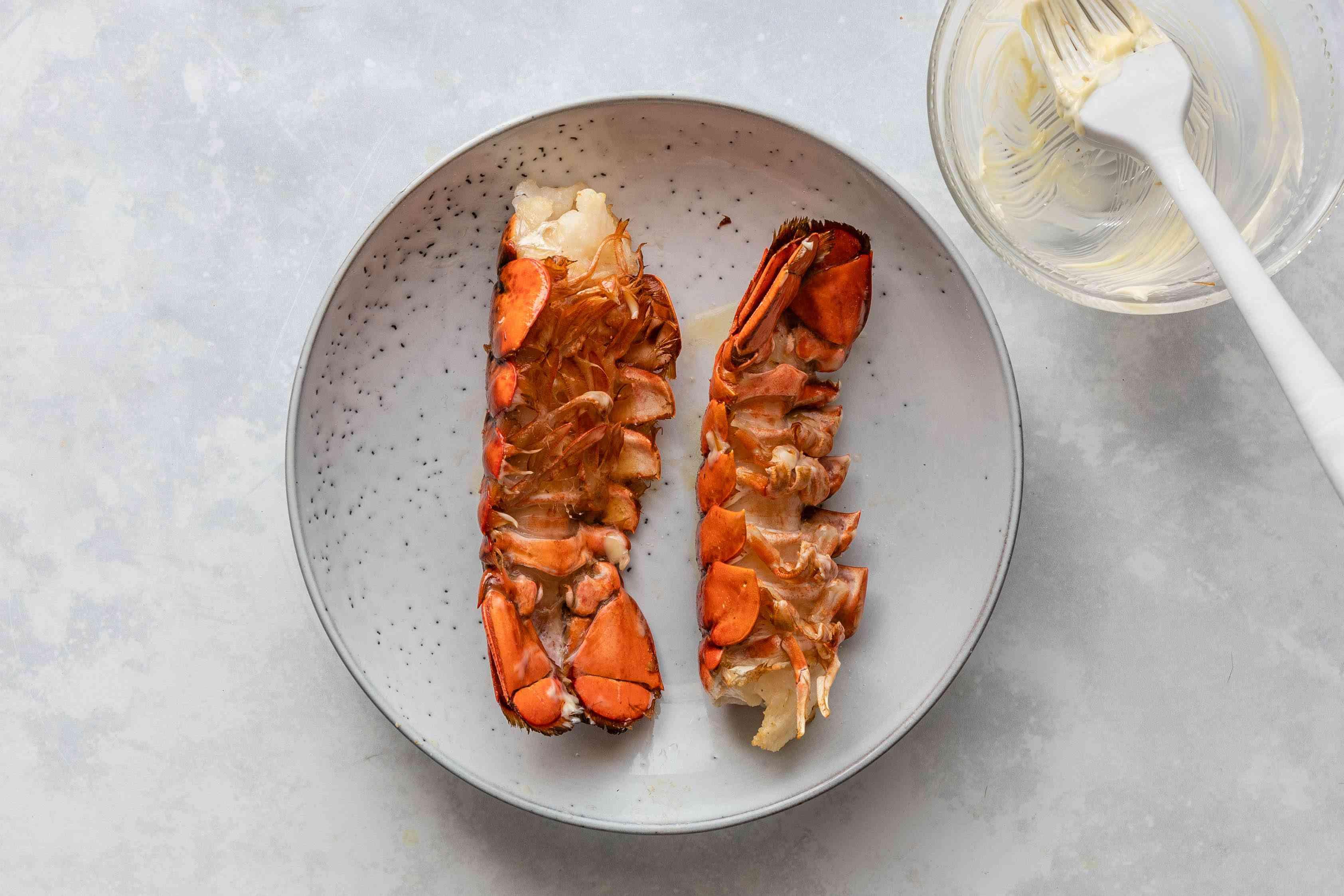Bake lobster