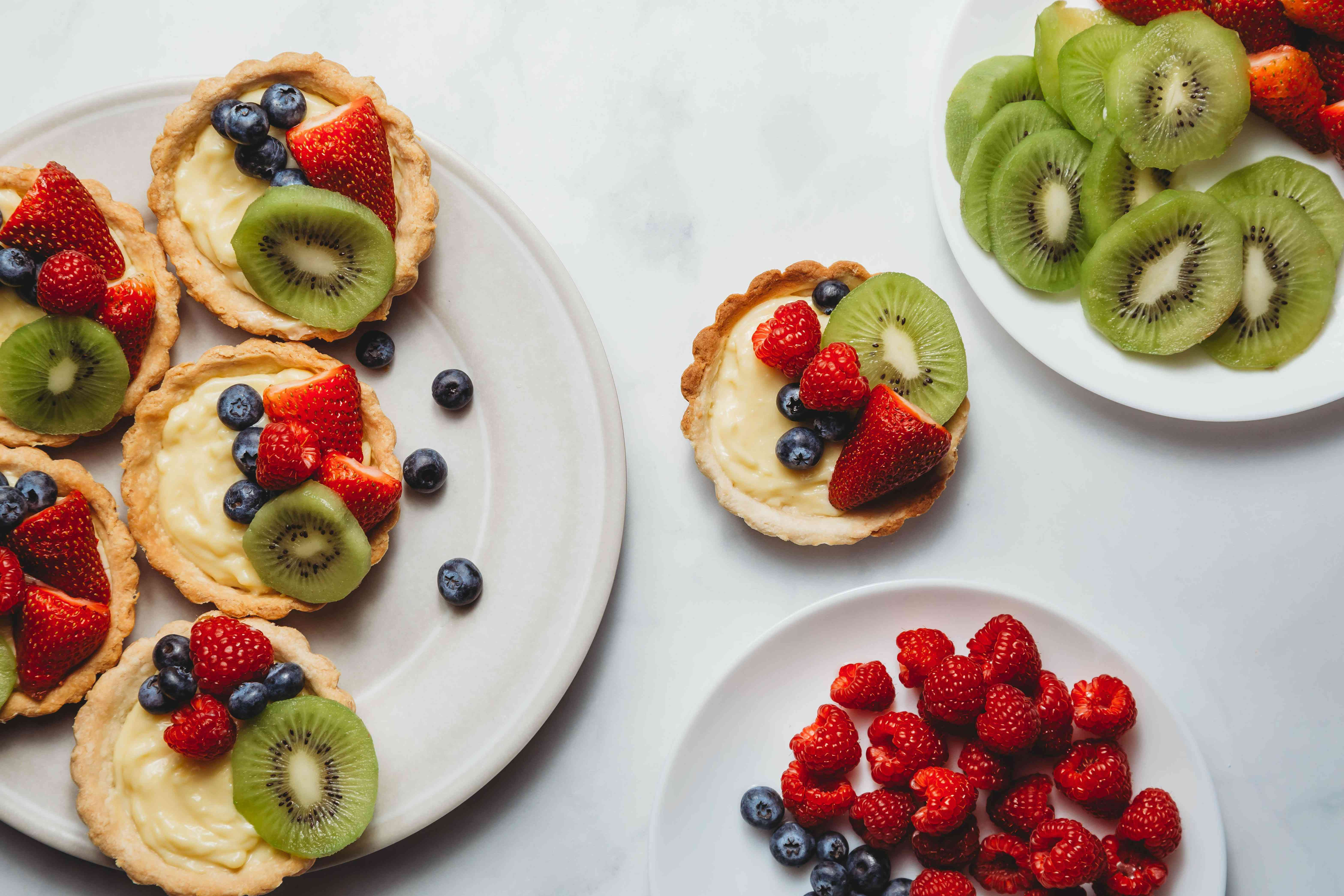 arrange your fruit on top of the pastry cream