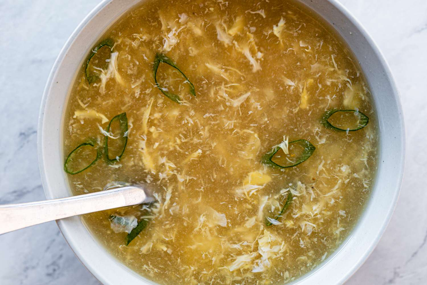 Easy Chinese Egg Drop Soup in a bowl