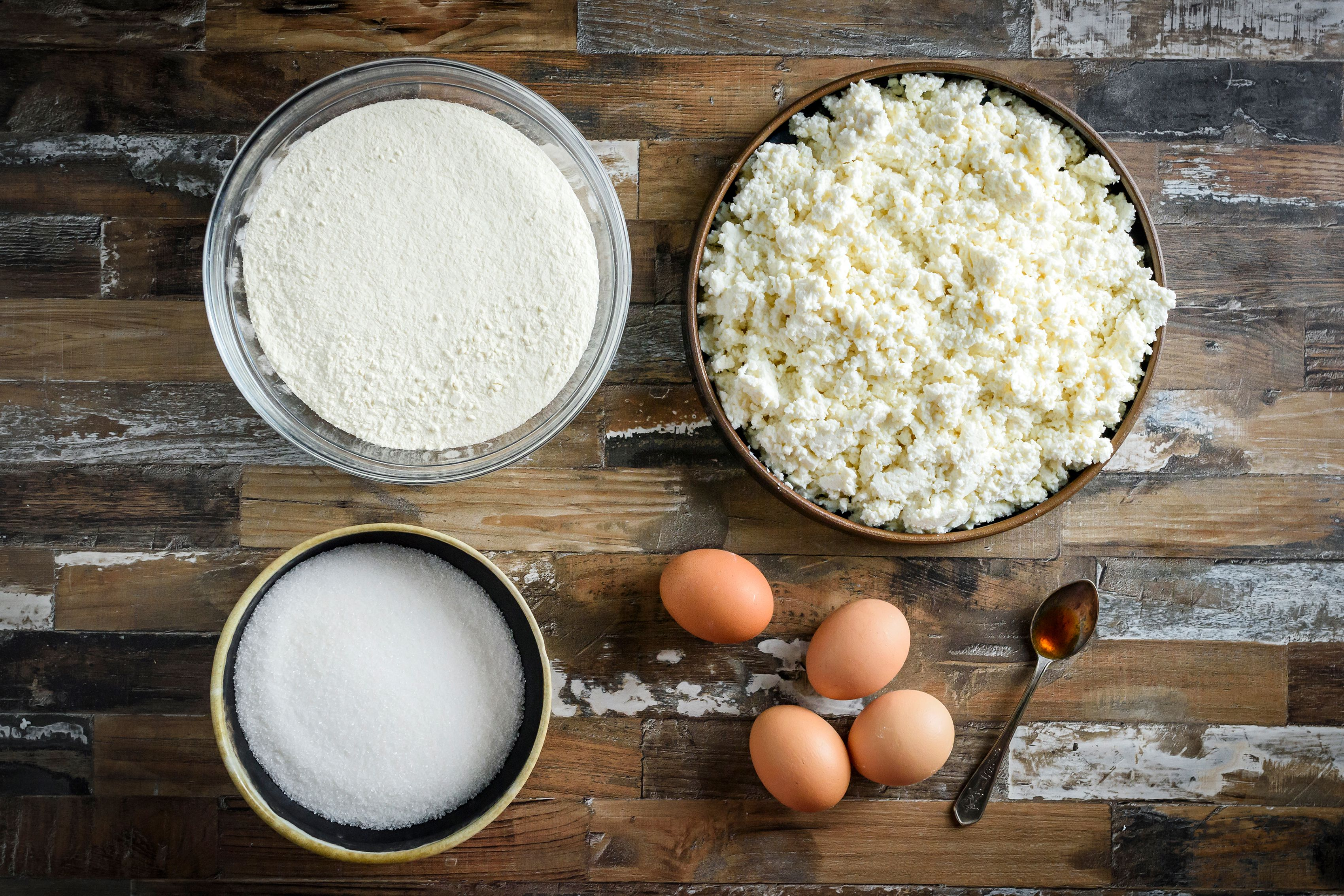 Ingredients for ricotta cake