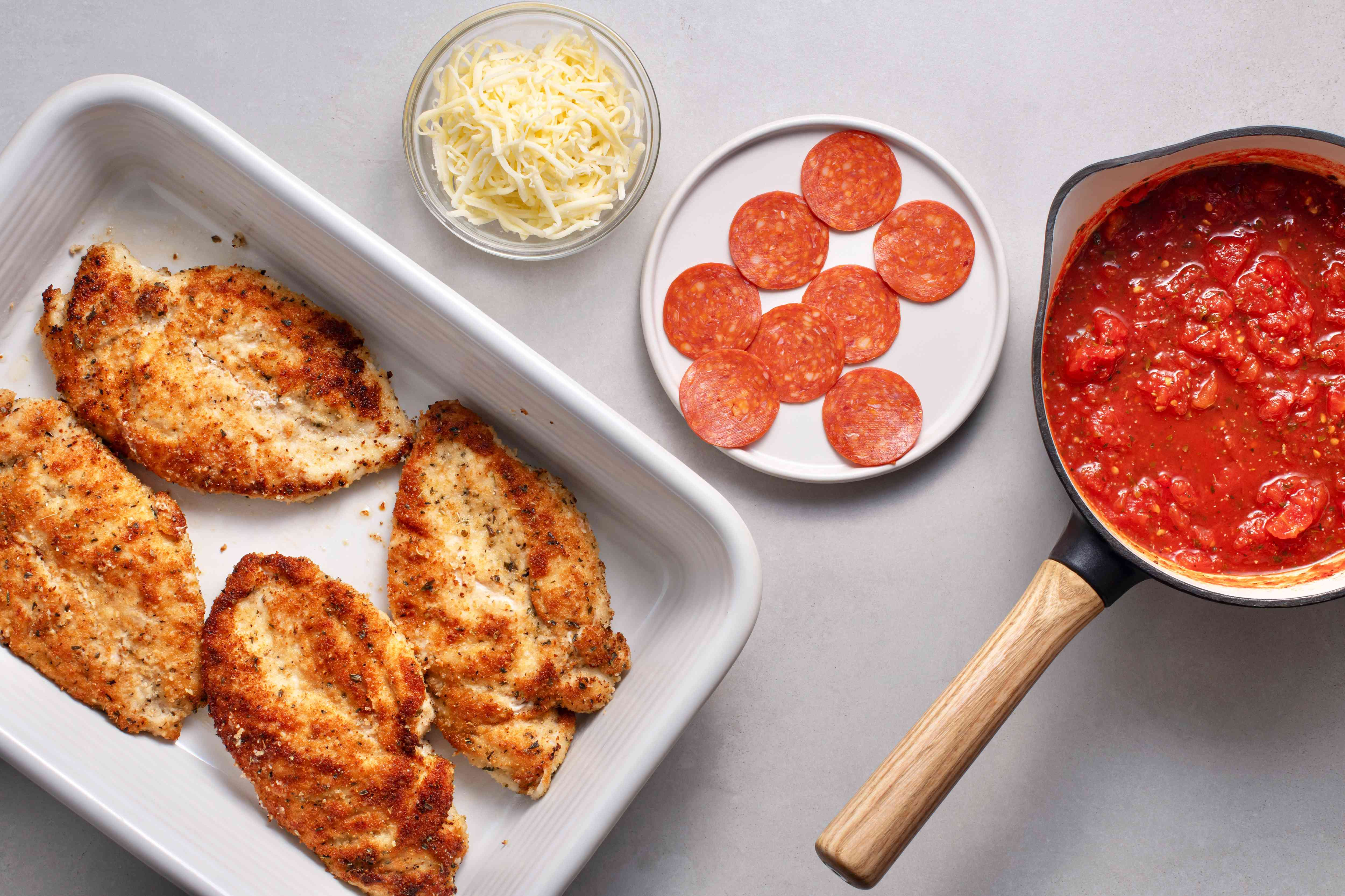 Chicken Pepperoni Bake: Pizza in a Casserole ingredients
