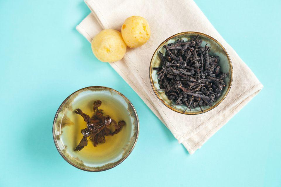 Artisanal black tea (knotted variety)