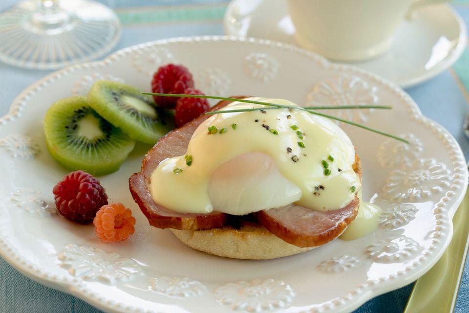 Classic Eggs Benedict Recipe