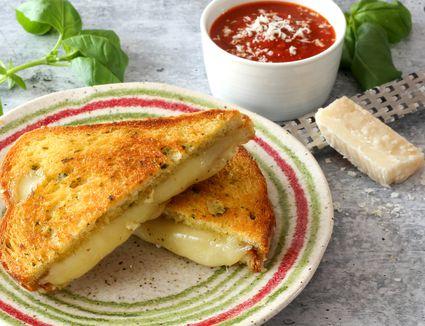 Garlic bread grilled cheese and marinara sauce