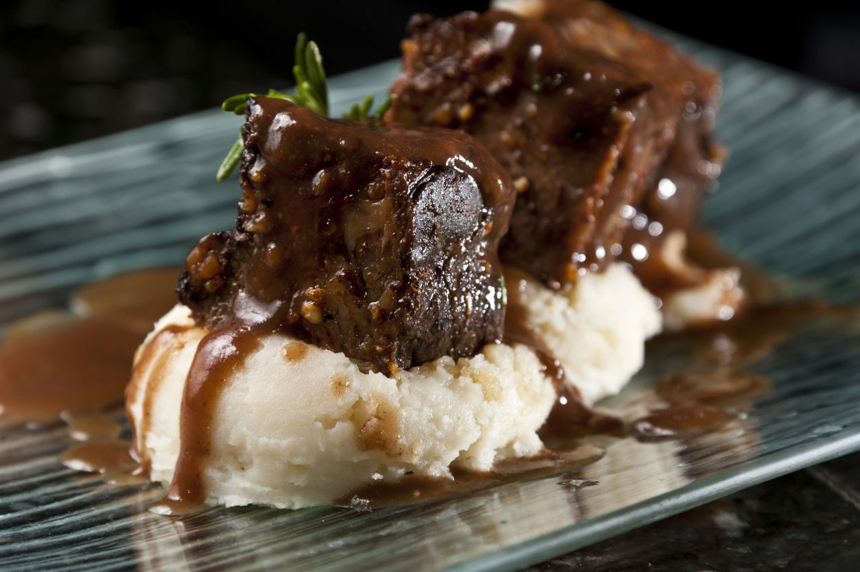 Beef Short ribs With Potatoes