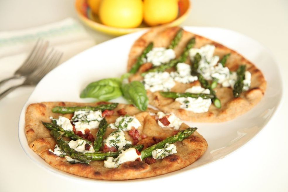 Asparagus and Goat Cheese Naan Pizza