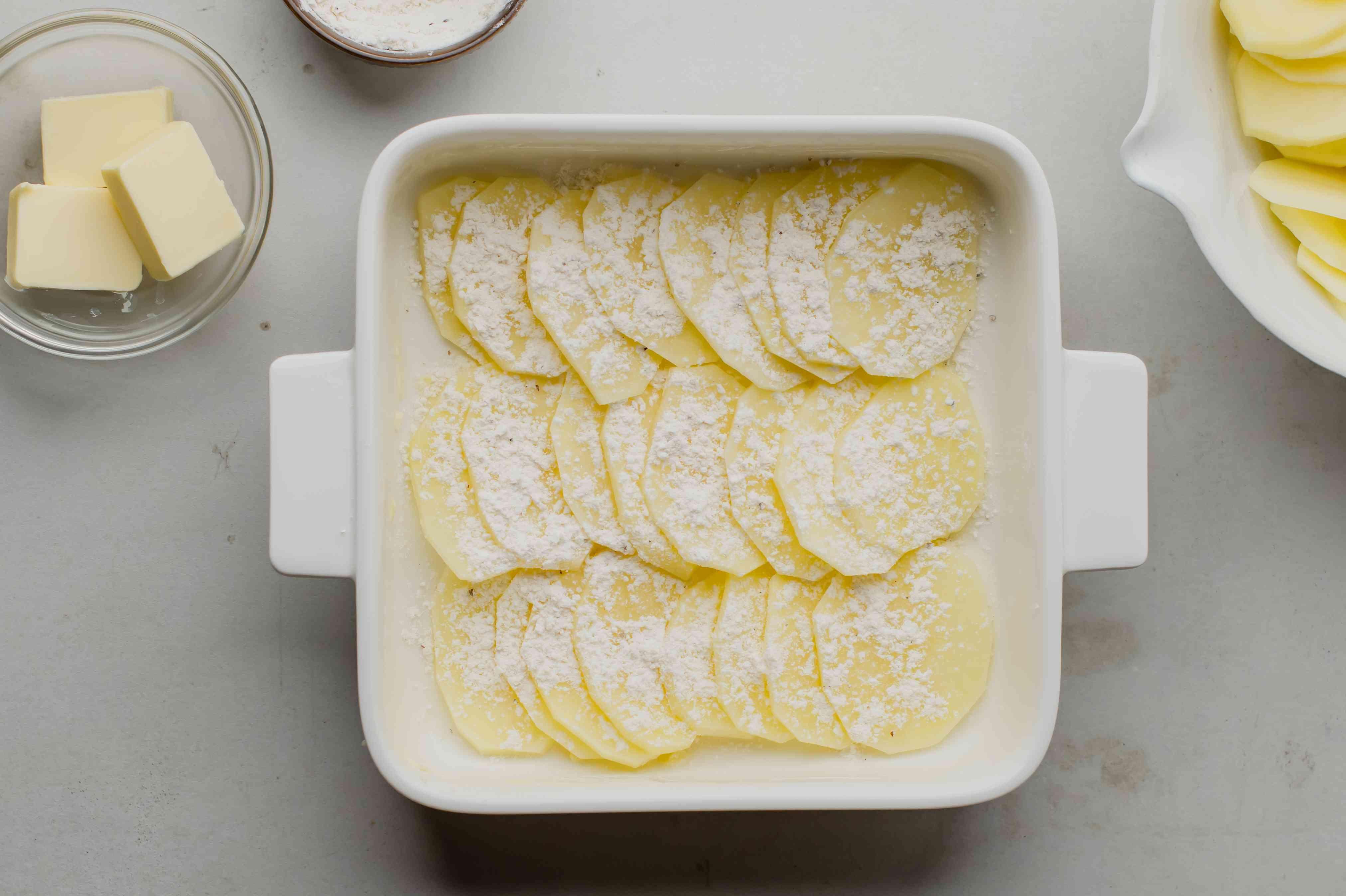 Flour on potatoes
