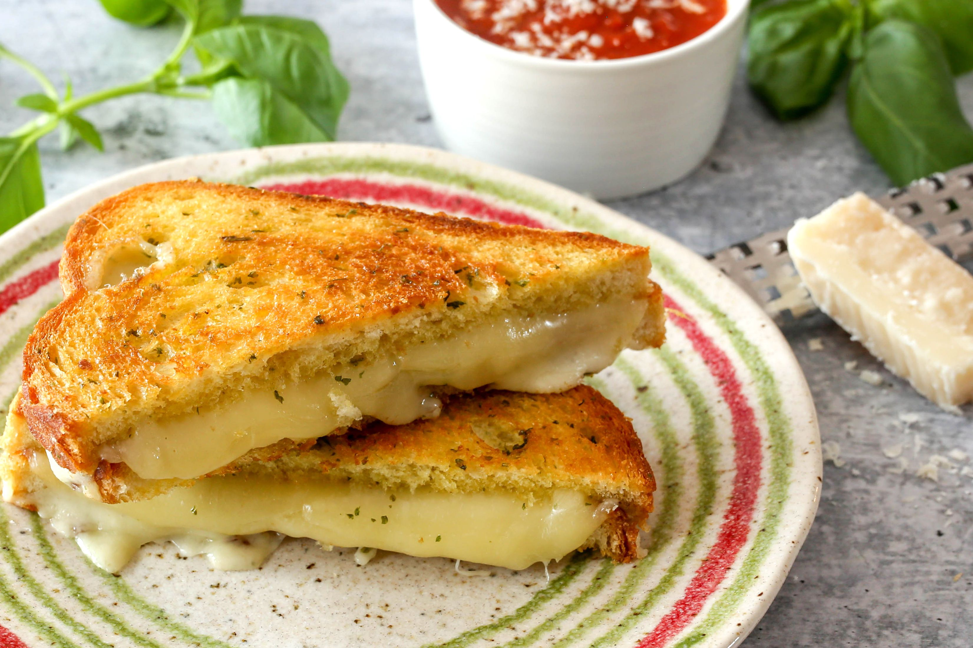 Garlic Bread Grilled Cheese Recipe