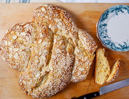 Colomba Di Pasqua (Easter Dove Bread)