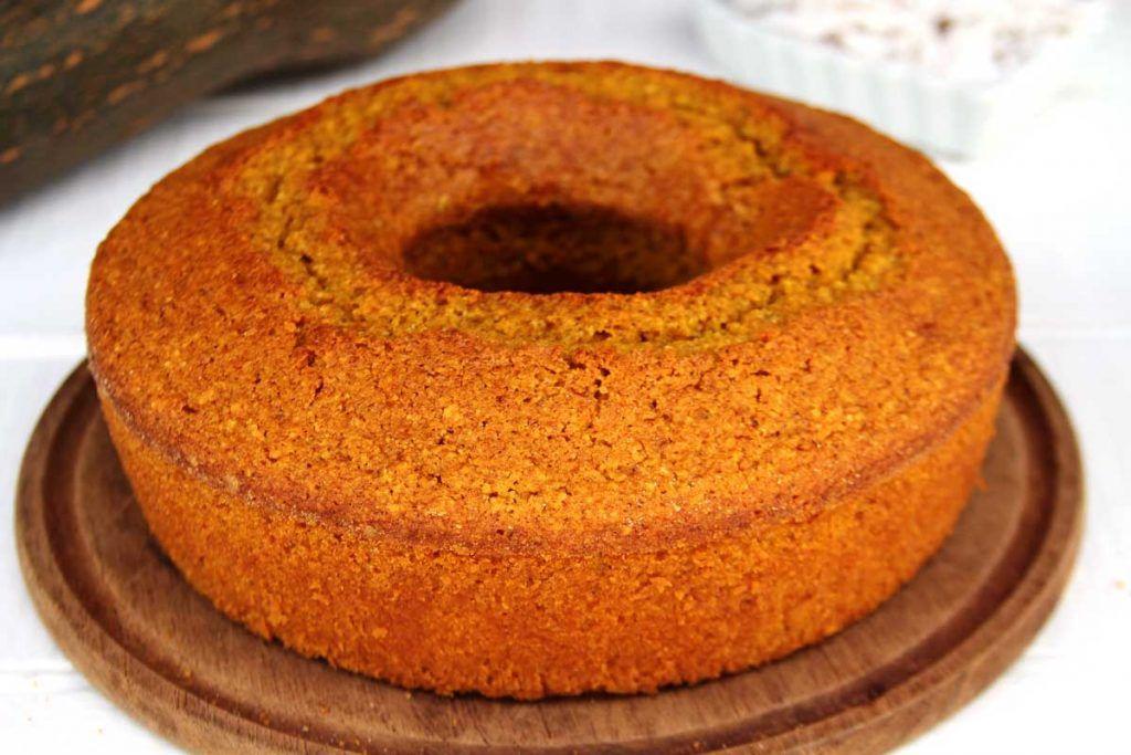 Spiced Pumpkin Cake - Bolo de Abobora
