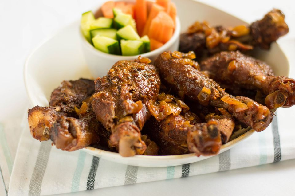 Sticky crock pot chicken drumsticks