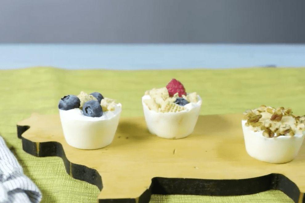 Frozen Yogurt Parfait Bites
