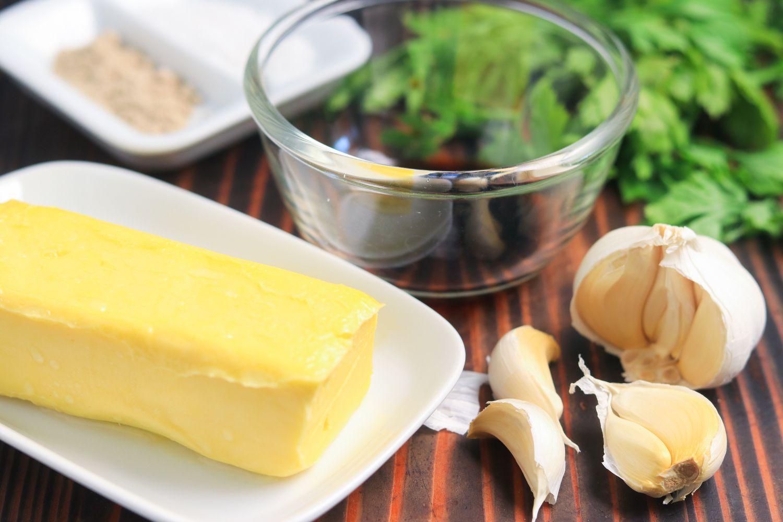 Steakhouse garlic butter ingredients