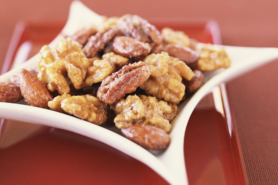 Sugar-glazed walnuts