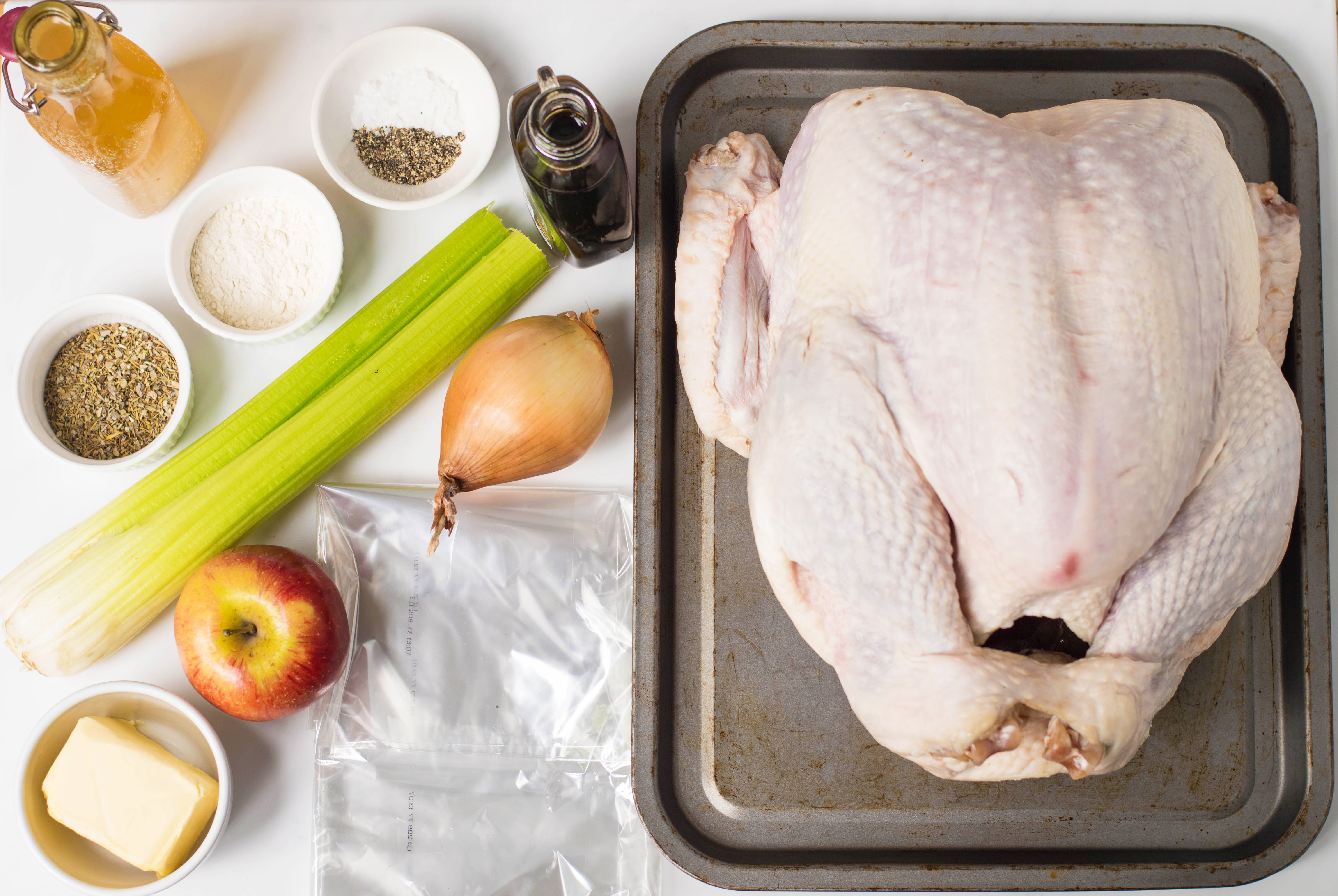 Ingredients for the oven bag turkey recipe
