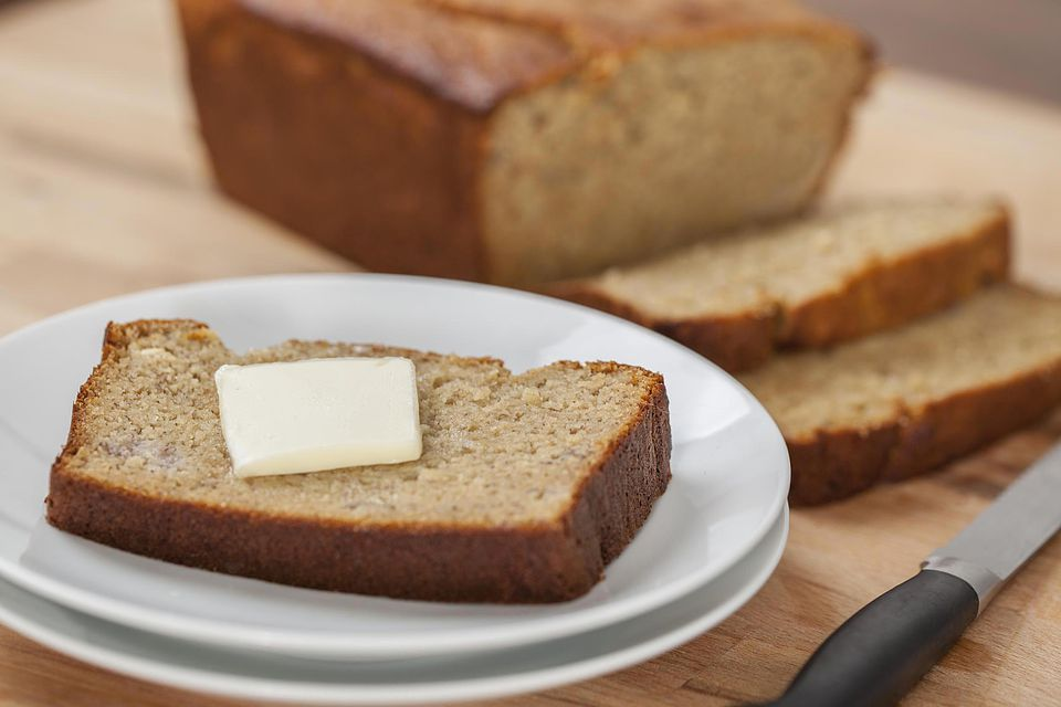 Easy Crock Pot Banana Bread