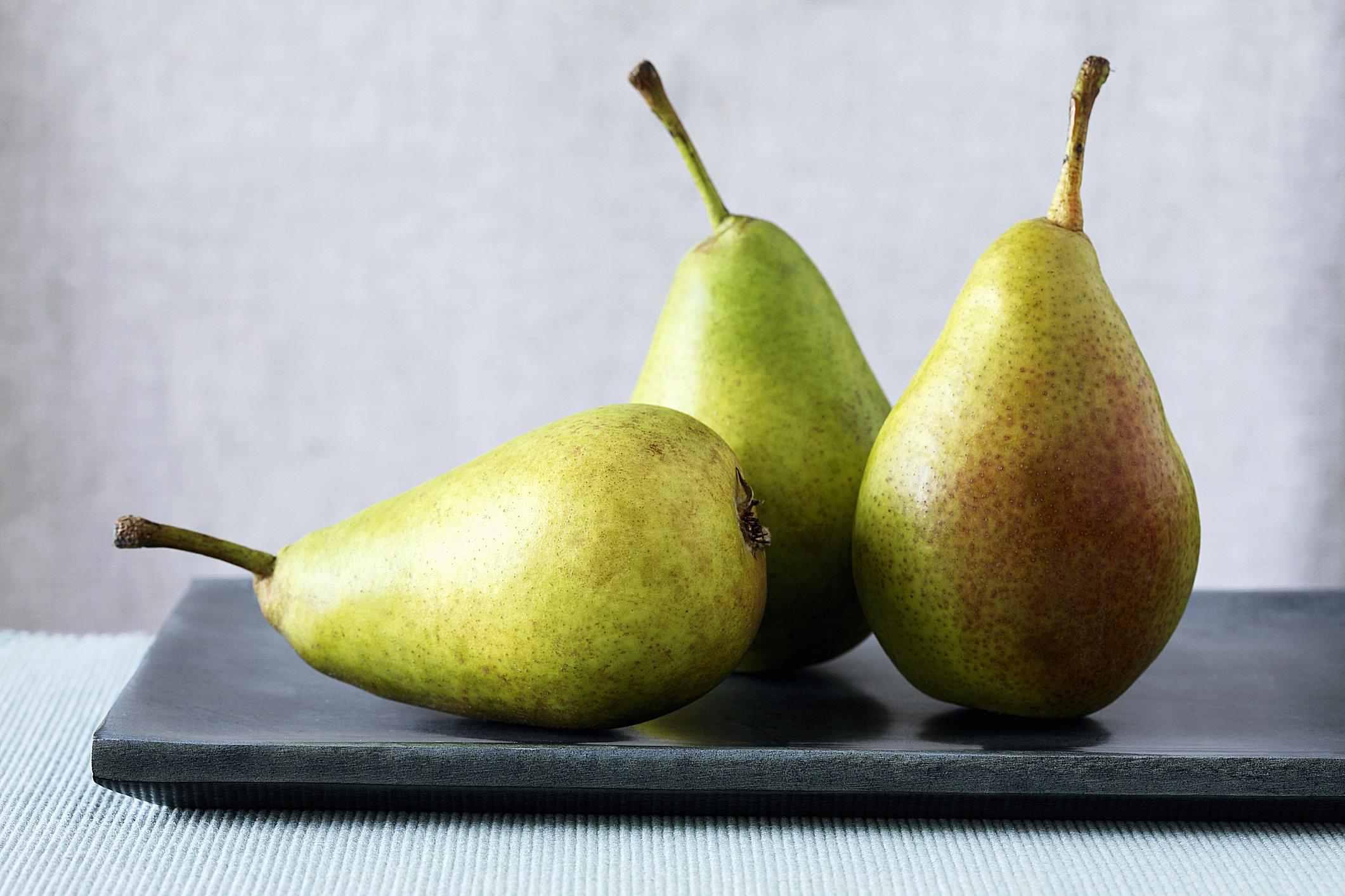 Barlett or Williams Pears
