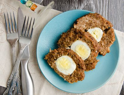 German Falscher Hase Meatloaf with Egg in the middle