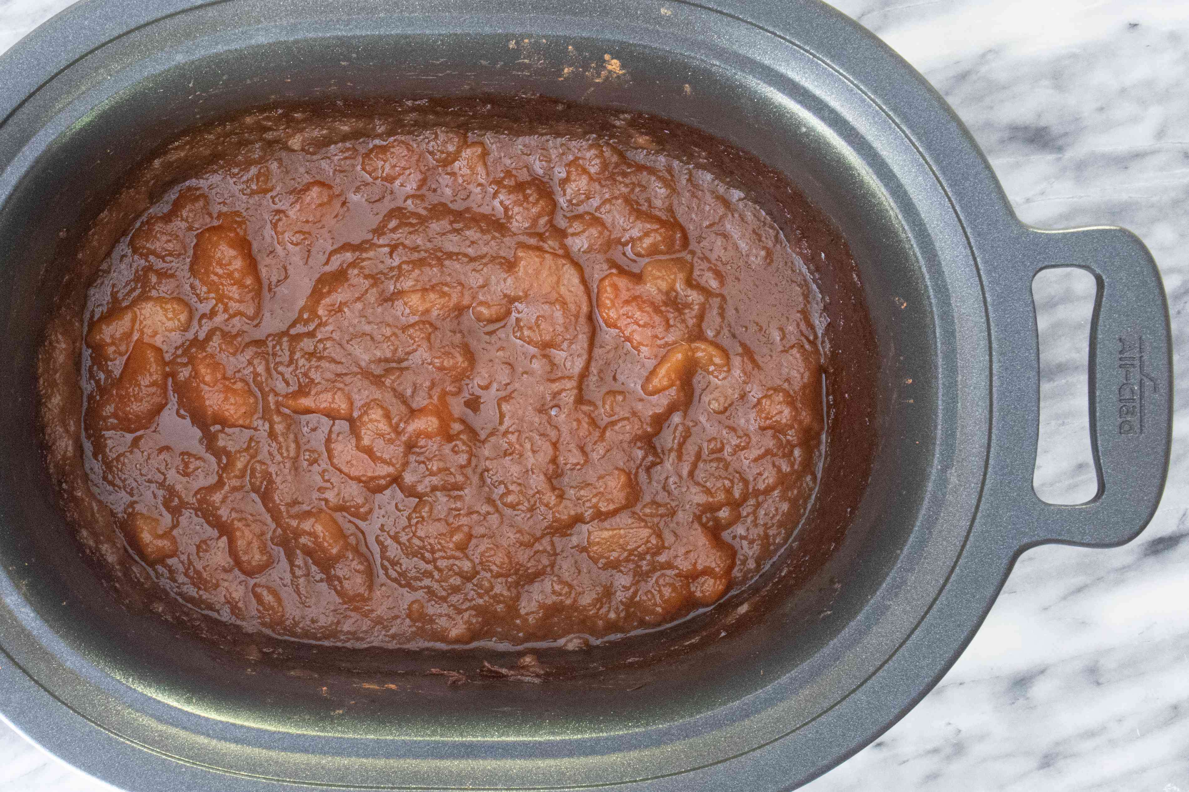apple butter in the slow cooker