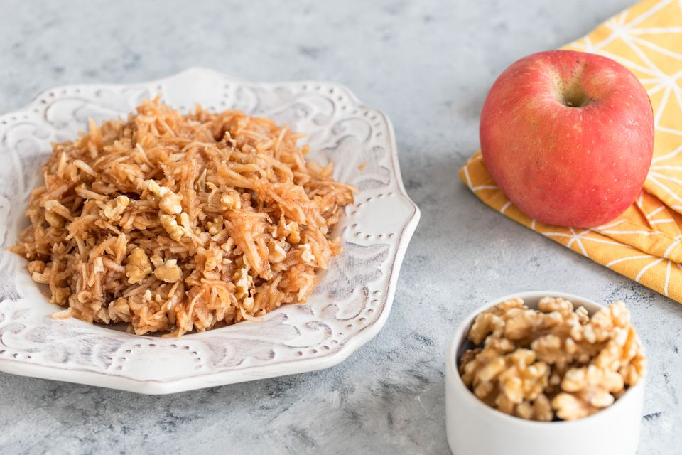 Apple and walnut charoset
