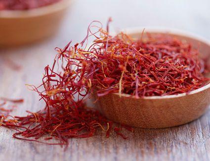 Saffron threads
