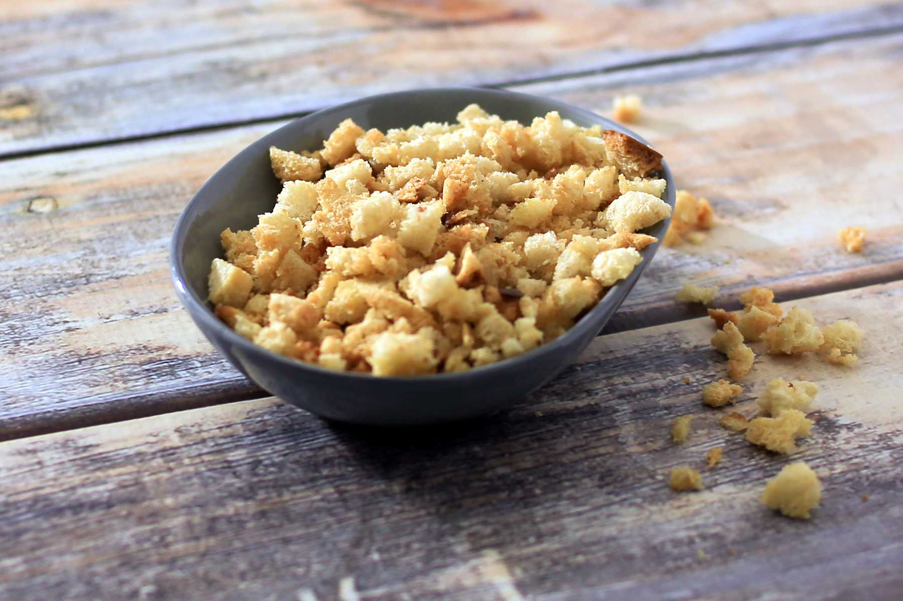 Easy Toasted Bread Crumbs
